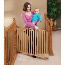 Angle Mount Safeway Wood Gate - Oak