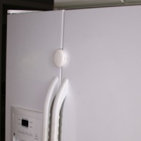 Qdos Adhesive Fridge/Freezer Lock - White